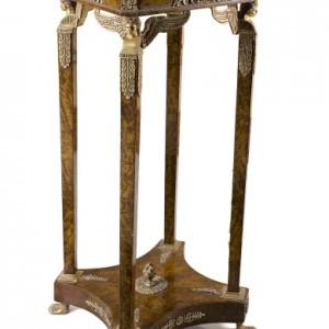 fine art-stand190-1